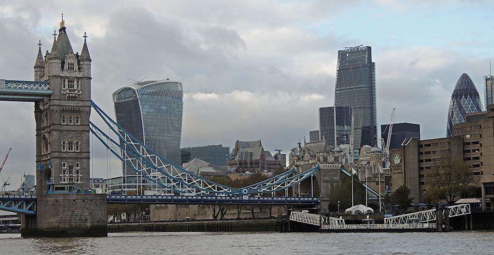 tower bridge city apartments reviews