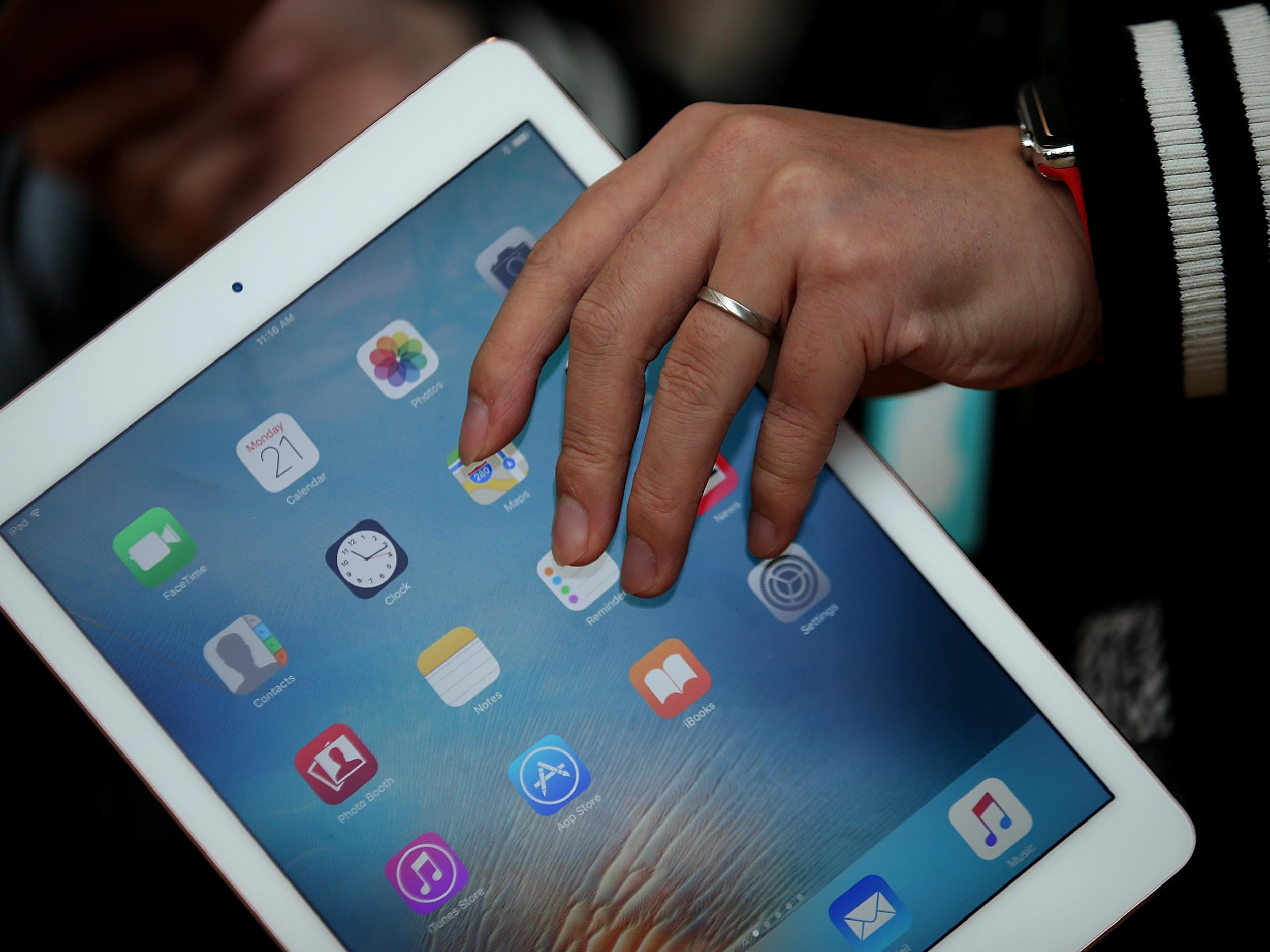 ipad 9.7 inch review
