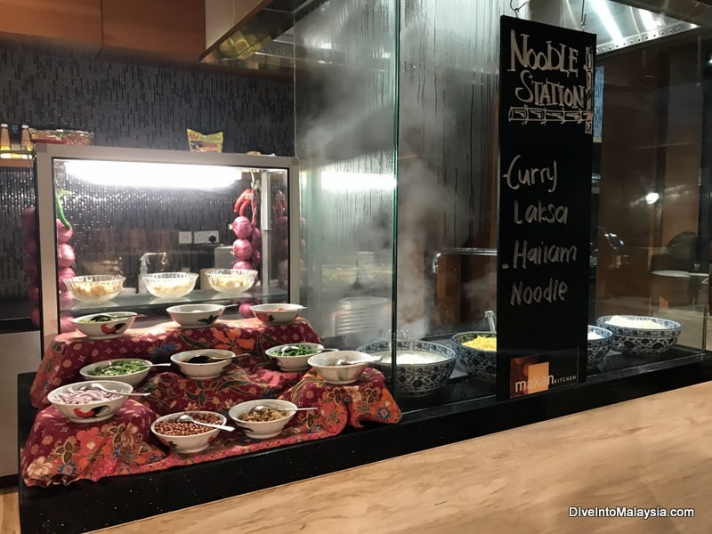 makan kitchen doubletree jb review